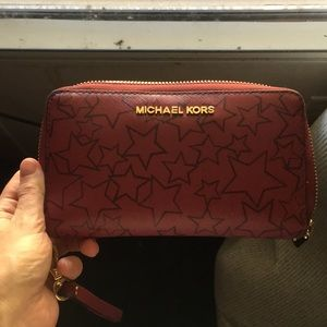 New without tags , never used  Michael Kors wallet